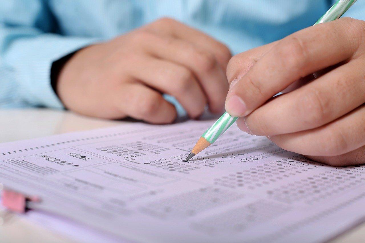 46% maturzystów uważa, że zmiana terminu matur negatywnie wpłynie na ich wyniki