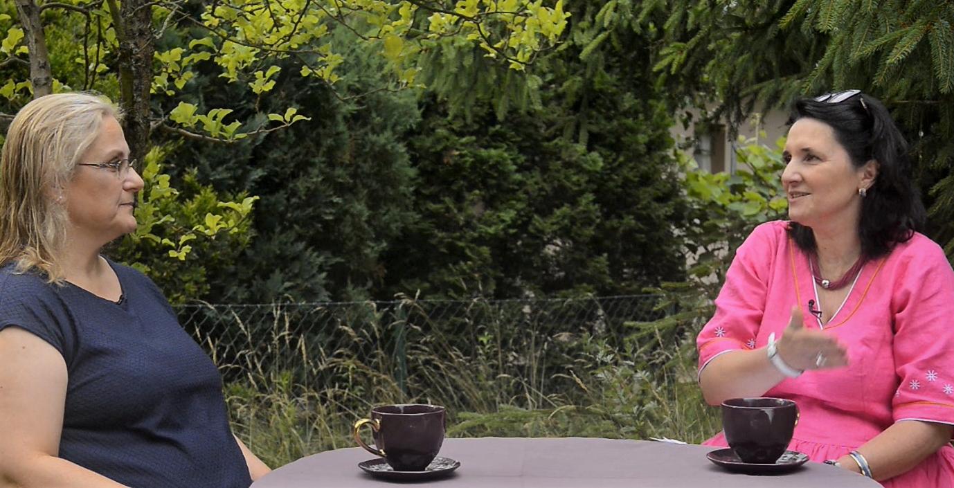Czy lato to dobry czas na #DetoksCyfrowy? Wywiad z Bogną Białecką